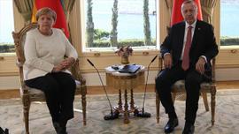 Erdoğan ve Merkel arasında kritik görüşme