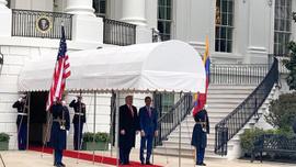 'Korsan devlet başkanı' Beyaz Saray'da