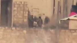 Esad'ın katil ordusu sigara molasında vuruldu