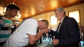 """Başkan Karaosmanoğlu; """"Küçükler sevilsin Büyükler sevinsin"""""""