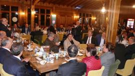 Trabzon Büyükşehir Belediyesi meclis üyeleri ve TİSKİ idarecileri yemekte bir araya geldi