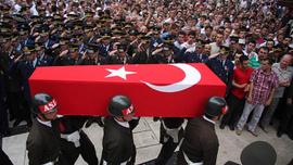 Hakkari'de terör saldırısı, bir asker şehit
