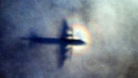İki uçak havada seyrederken çarpıştı