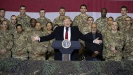 Trump Afganistan'da: Taliban'la anlaşacağız