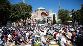 Ayasofya Camii'nde ilk namaz kılındı