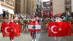 Beyrut sokaklarında Türkiye lehine sloganlar
