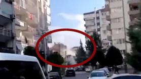 İzmir'de apartmanın yıkıldığı anlar kamerada