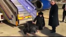 İsrail casusunu başbakan uçak kapısında karşıladı