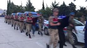 Afrin'de yakalanan 9 terörist böyle getirildi
