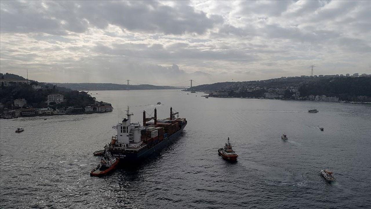 Her yıl tehlikeli yük taşıyan 18 bin gemi geçiyor