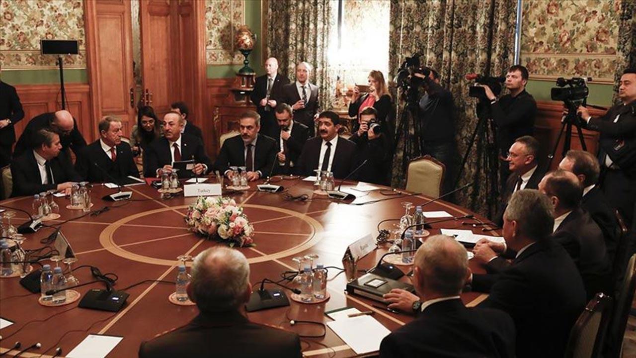 Libya'daki taraflar Türkiye ve Rusya'nın girişimiyle Moskova'da aynı masada