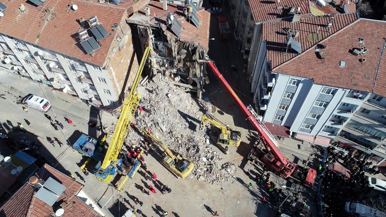 Deprem fırsatçılığı yapanlara soruşturma açıldı