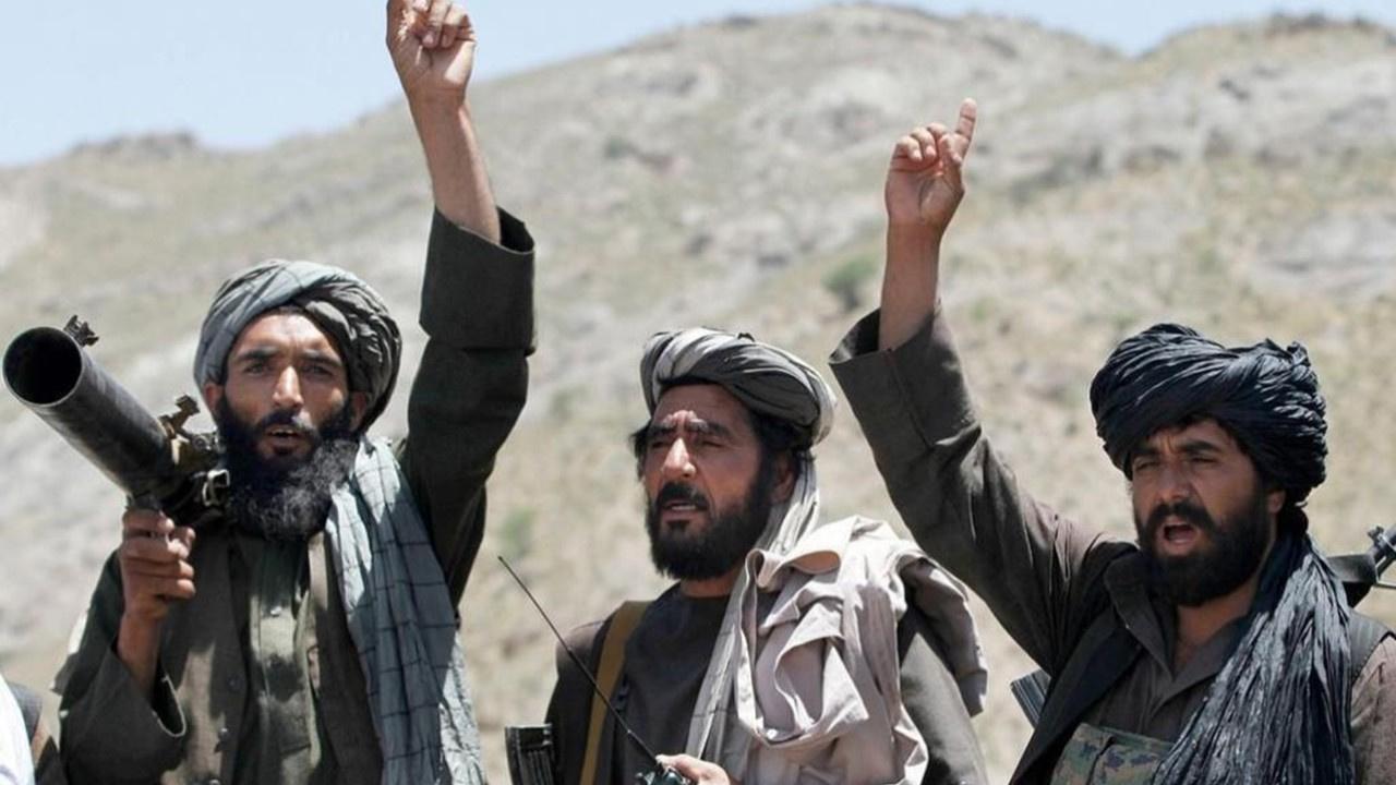 Taliban şehir merkezlerine yöneldi