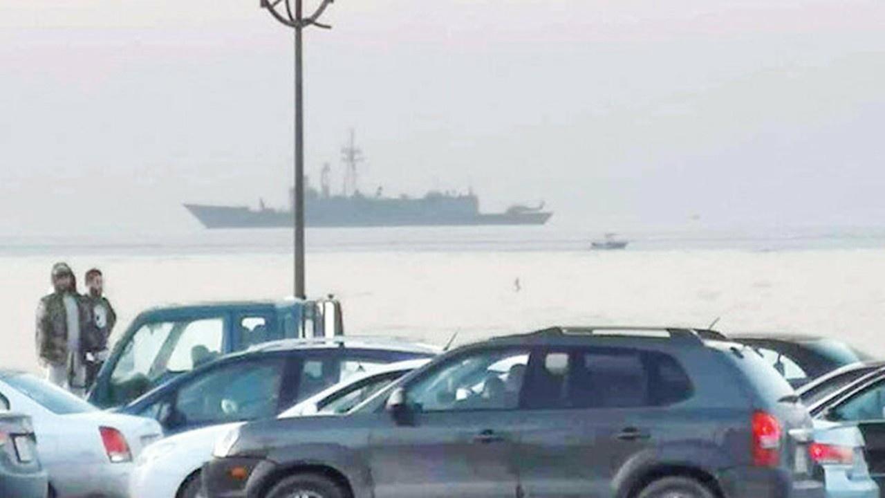 Türk donanması Libya açıklarında