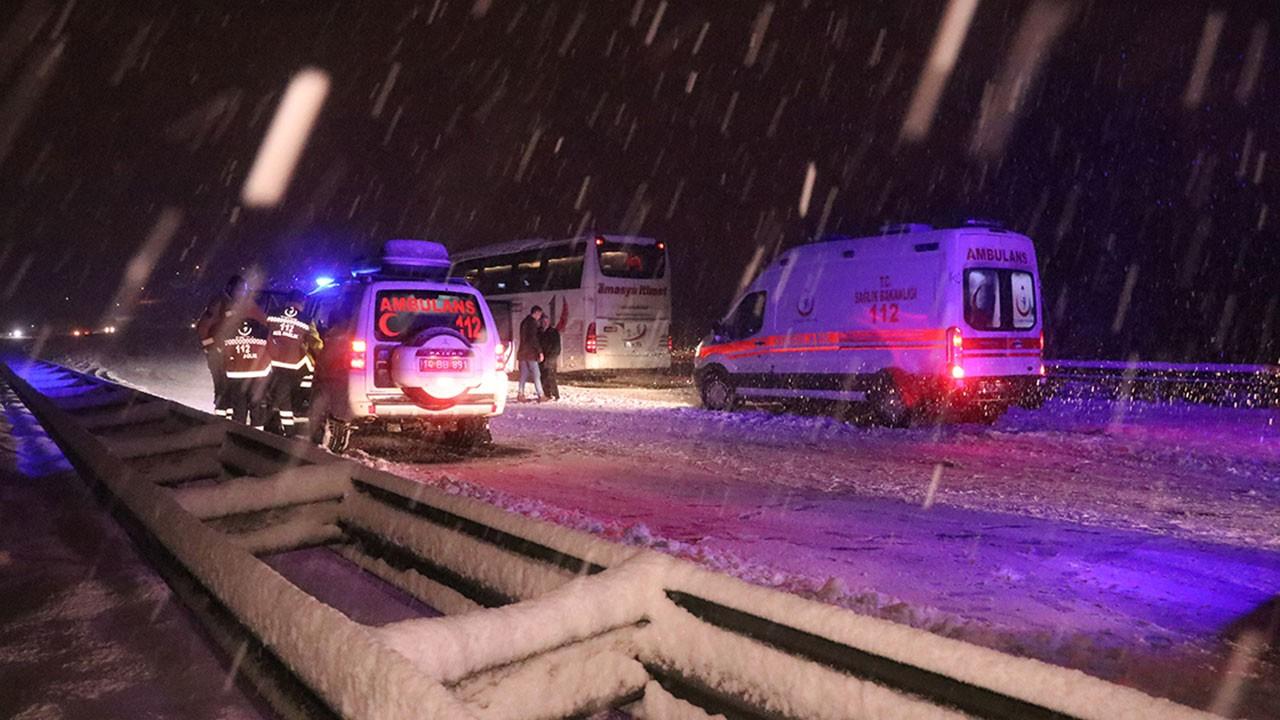 Anadolu Otoyolu'nda kaza, ölü ve yaralılar var