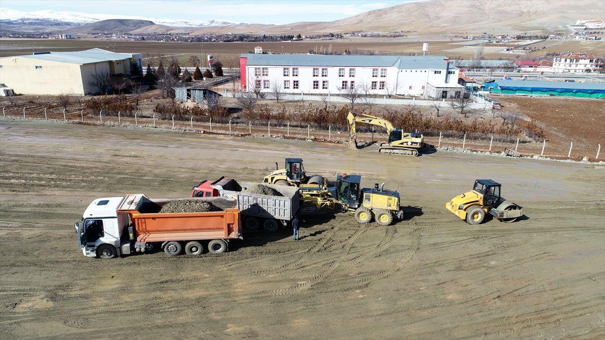 Elazığ'da iş makineleri konteyner kent için harıl harıl çalışıyor - Sayfa 4