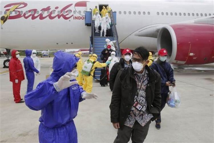 Uçaktan inen yolcular neye uğradığını şaşırdı! - Sayfa 3