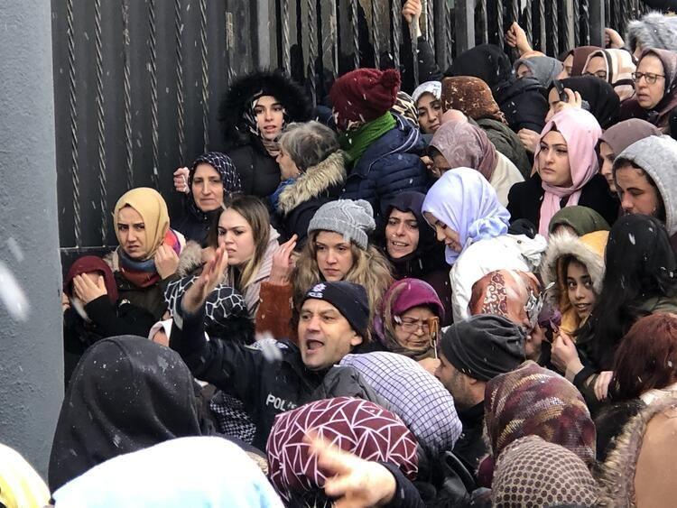 Bursa'da izdiham, birbirlerini ezdiler - Sayfa 3