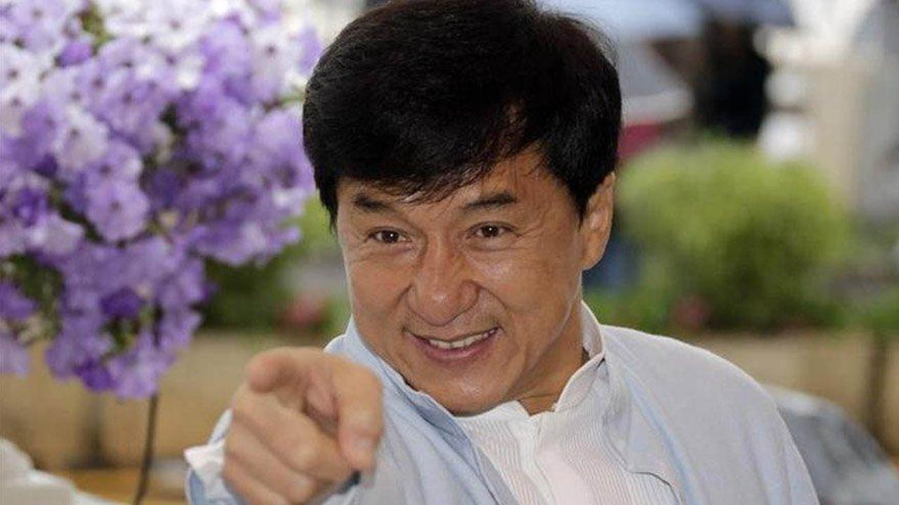 Jackie Chan'den büyük 'koronavirüs' ödülü