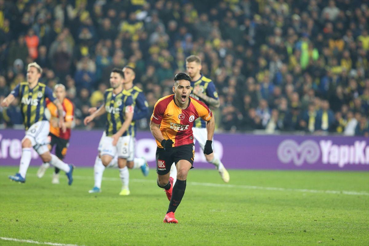 Fenerbahçe  - Galatasaray derbisinden kareler - Sayfa 3