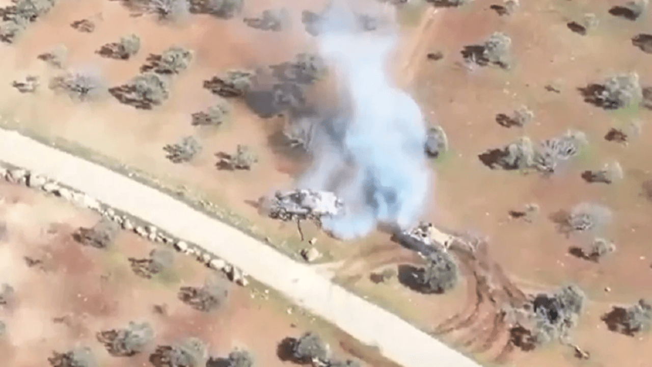 Türk yapımı zırhlı araç Rus üretimi Esed tankını kovaladı