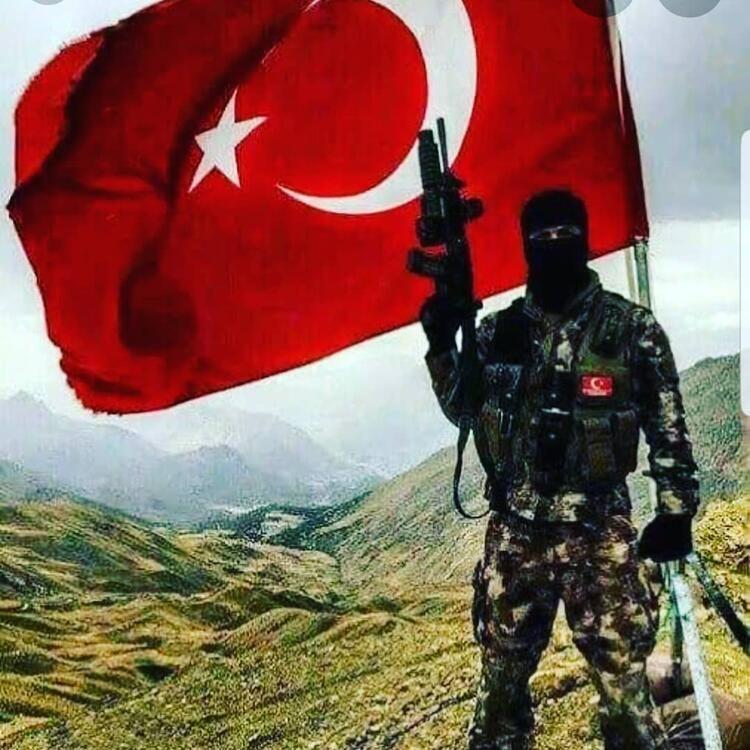 Tüm Türkiye tek yürek! Mübarek gecede yürekler yandı - Sayfa 4