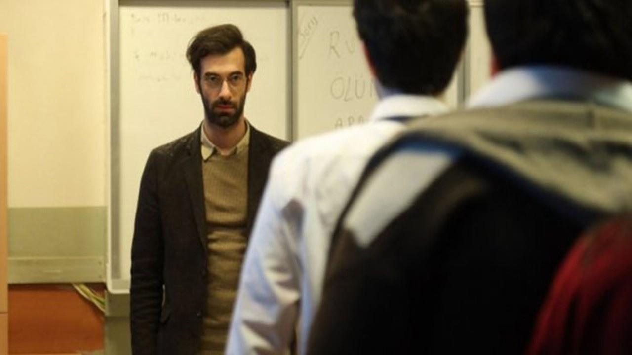 Öğretmen dizisi Akif öğretmen kimdir?