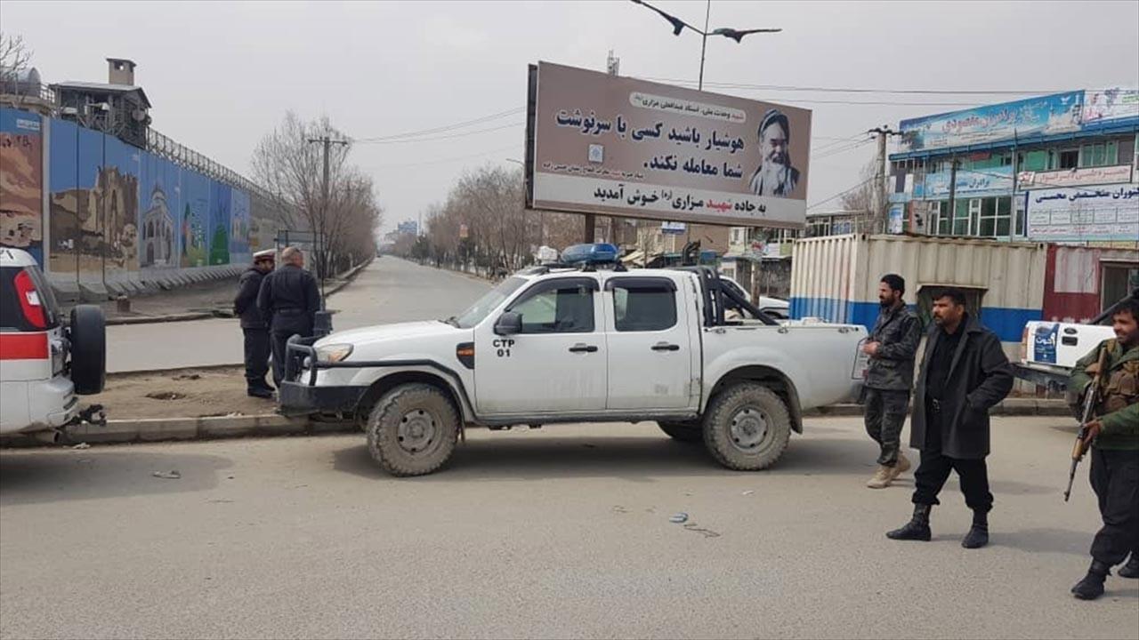 Taliban, Afganistan'da hızla ilerliyor