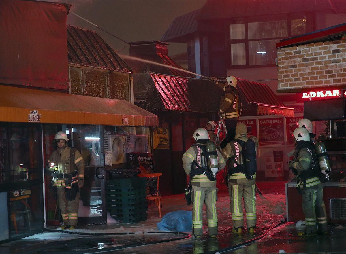 İstanbul'da gece yarısı korkutan yangın - Sayfa 3