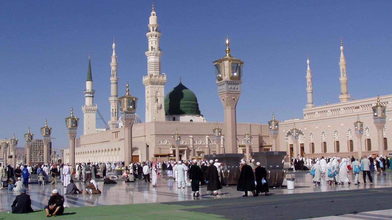 Ramazan'da Mescid-i Nebevi'de teravih izni çıktı