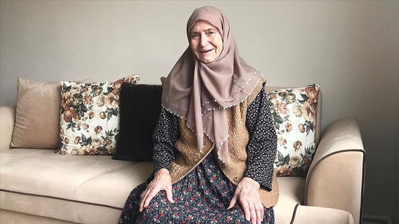Kronik hastalığı da bulunan 86 yaşındaki teyze koronavirüsü yendi