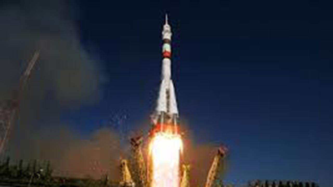 Üç kişiyi taşıyan Soyuz MS-16 fırlatıldı