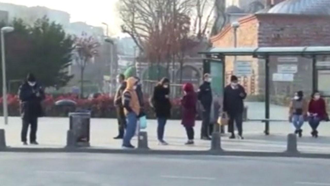 İstanbul'da bazı sağlık çalışanları yolda kaldı