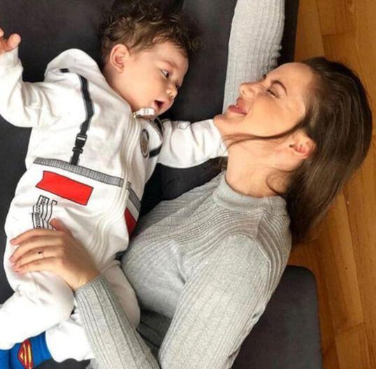 Fahriye Evcen ve Burak Özçivit'in oğlu 'Karan' 1 yaşında - Sayfa 3