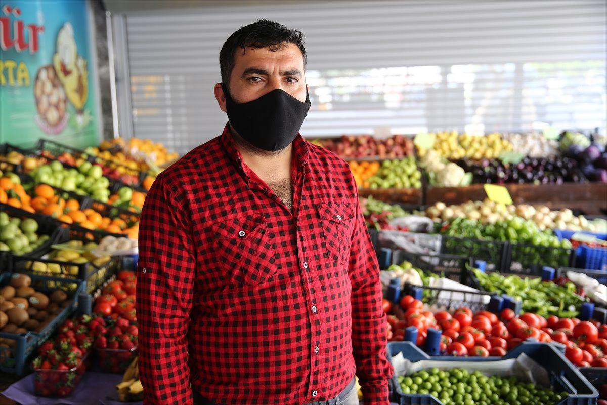 Adana'da gizli hayırsever bütün mahallenin market borcunu kapattı - Sayfa 1