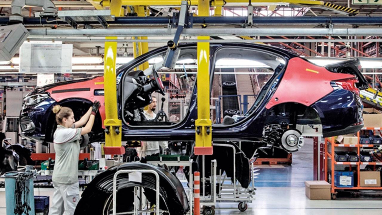 Otomotiv sektöründe üretim yeniden başlıyor