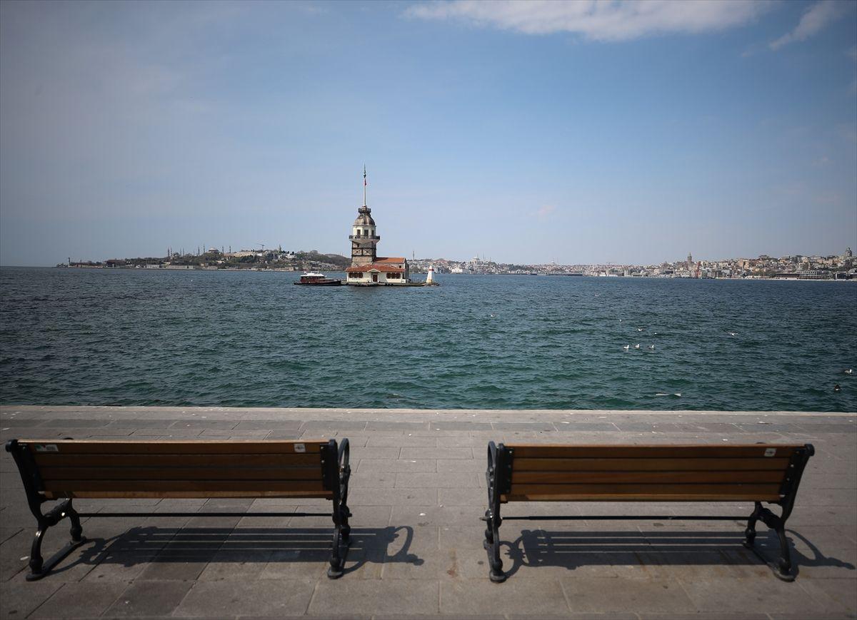 İstanbul'da meydanlar, sahiller bomboş - Sayfa 3
