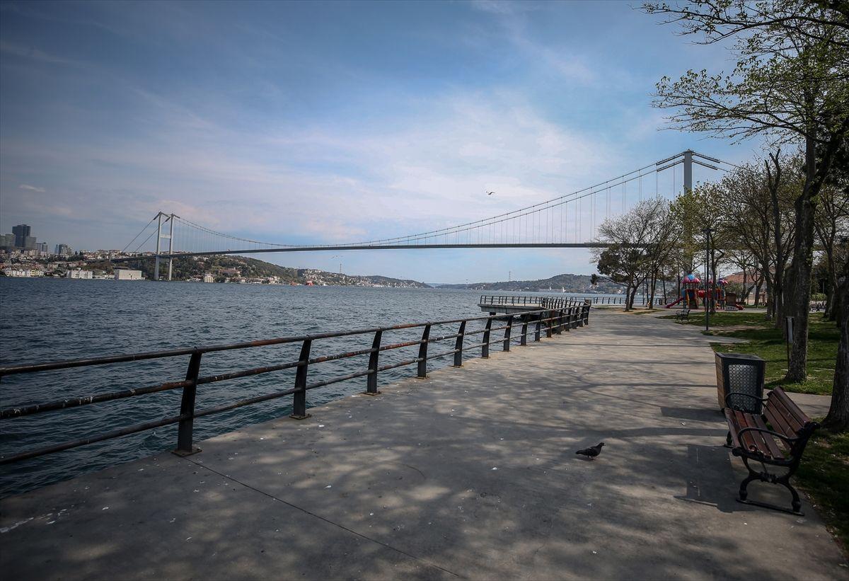 İstanbul'da meydanlar, sahiller bomboş - Sayfa 4