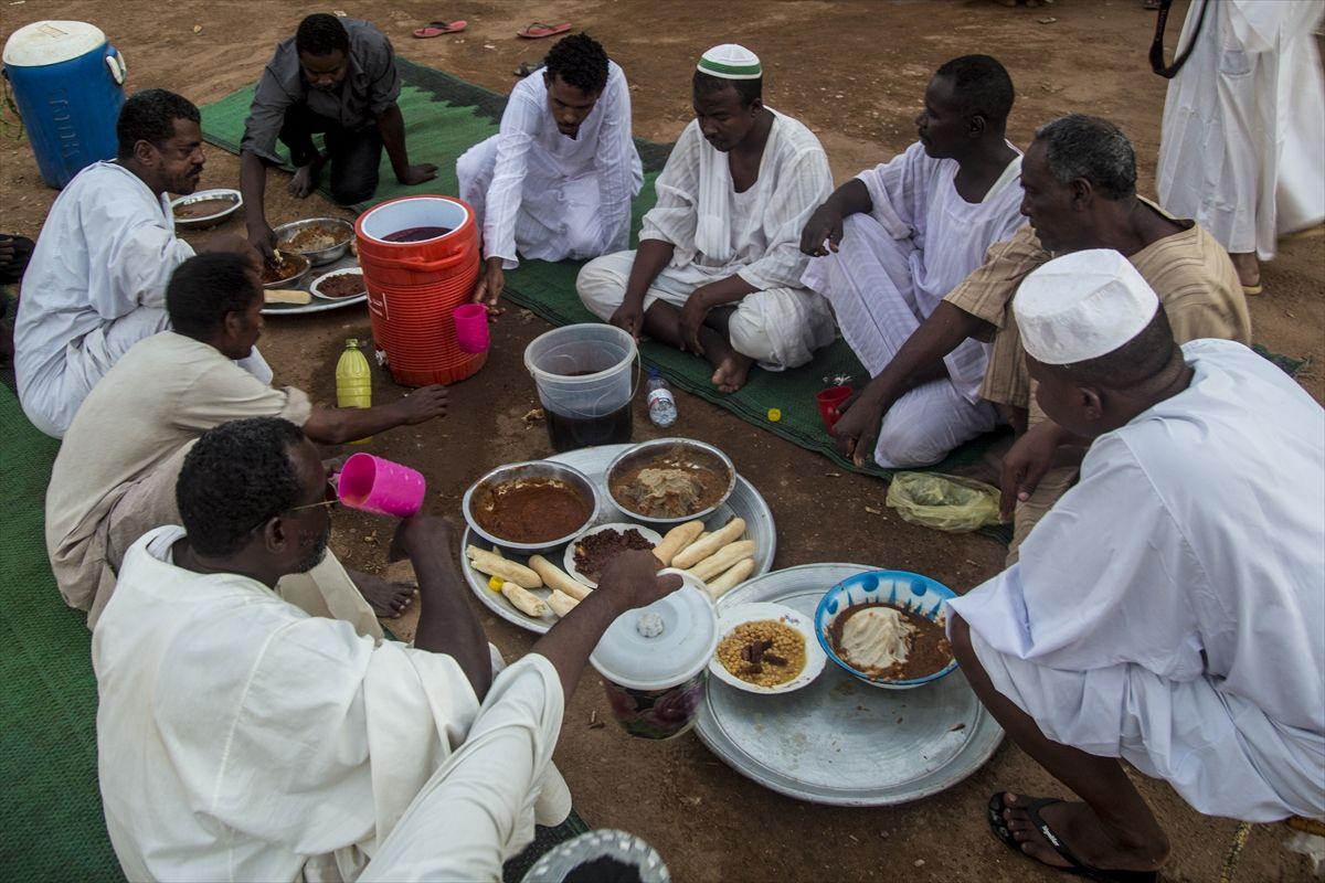 Farklı ülkelerden iftar sofraları - Sayfa 2