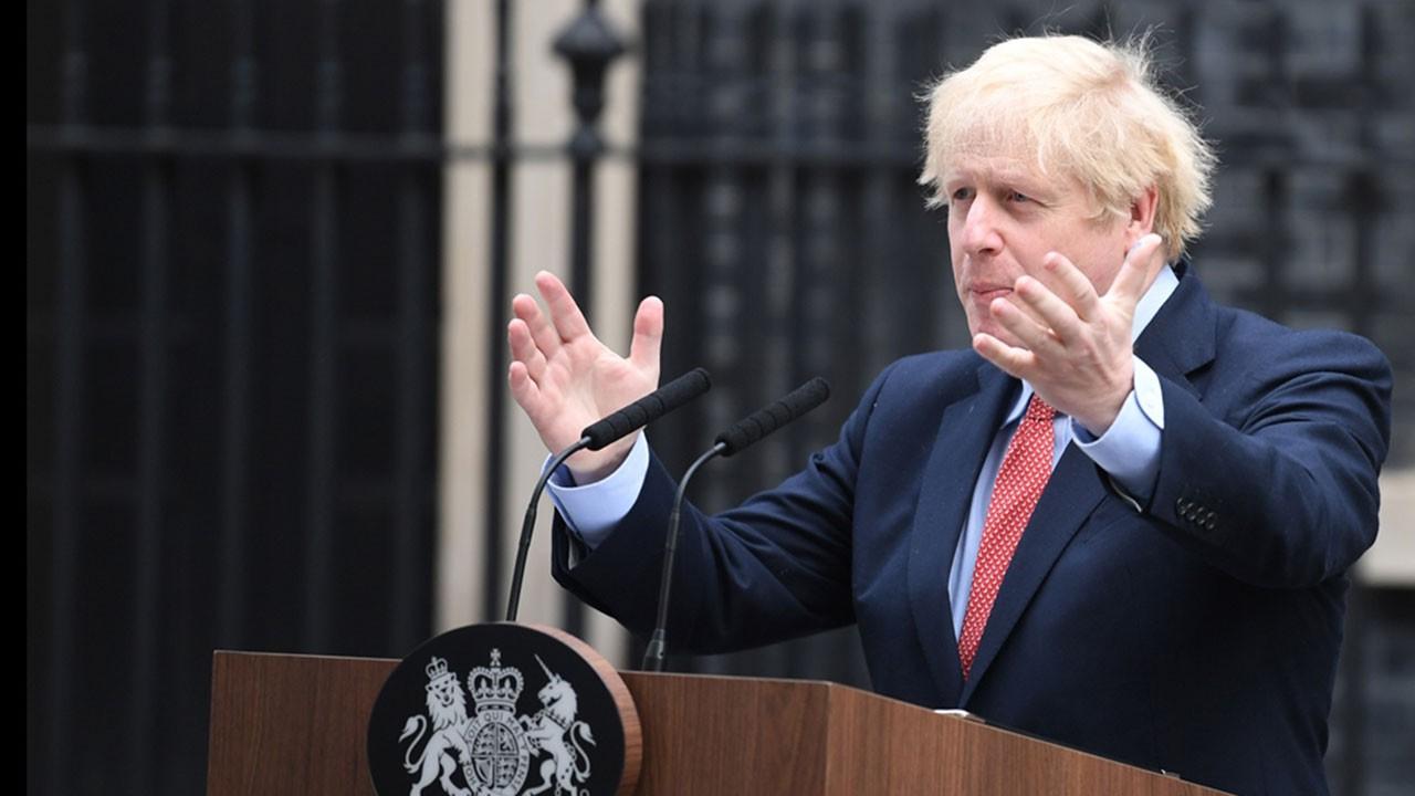 İngiltere ekonomisi son bir ayda yüzde 20 küçüldü