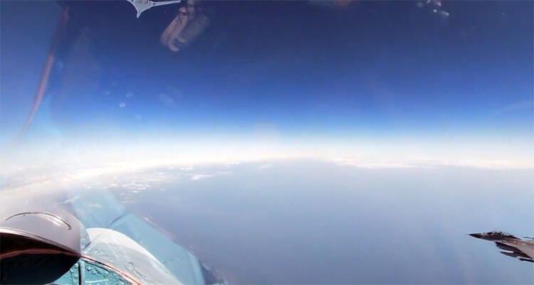 Havada gerilim: NATO üyesi 4 ülkenin uçakları Rus jetlerini taciz etti - Sayfa 2