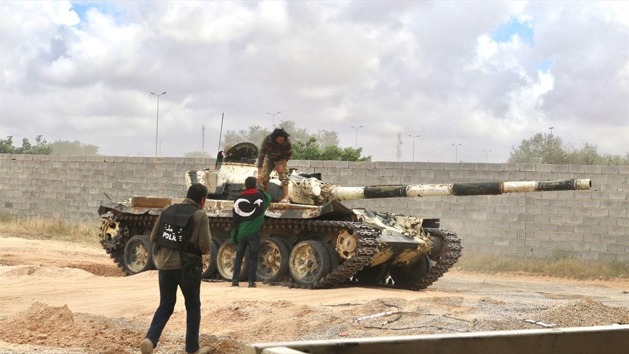 Libya Ordusu'ndan Hafter'e bir darbe daha
