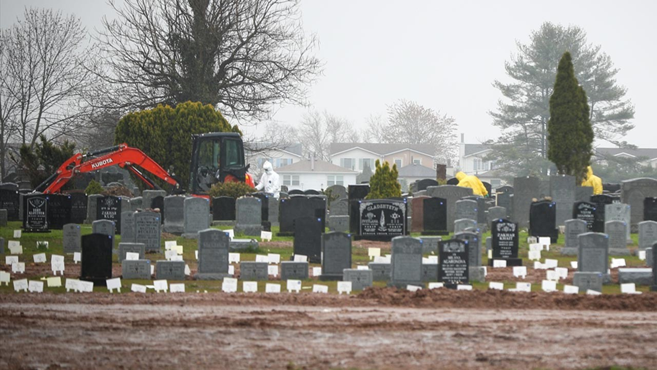 ABD huzur evlerinde yüzlerce kayıtsız ölüm