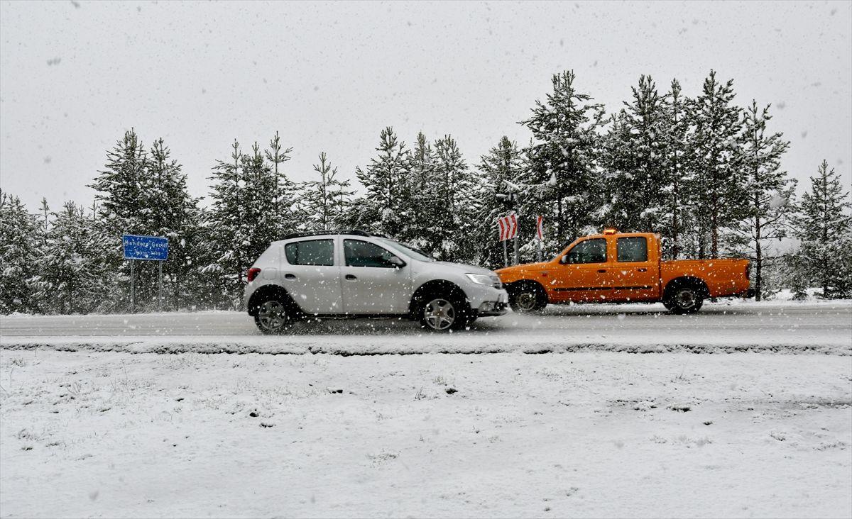 Erzurum ve Kars'a Mayısta kar yağdı - Sayfa 4