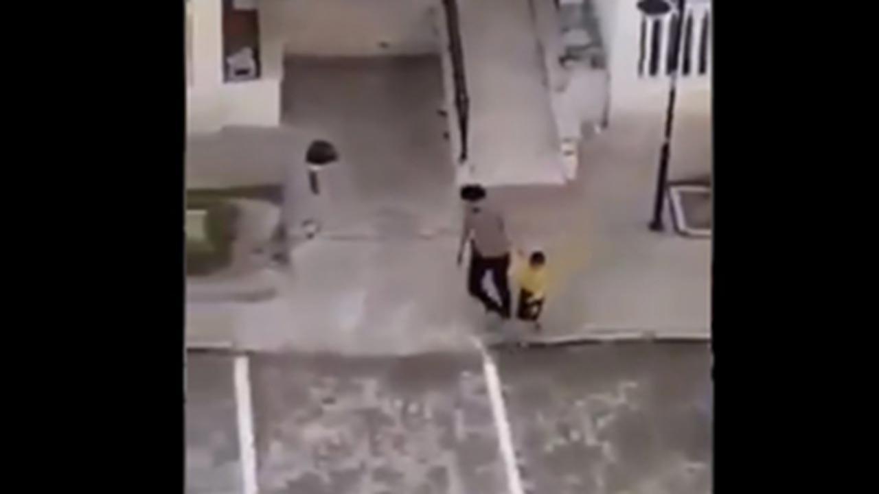 Ateş açıp çocuk kovalayan polis açığa alındı