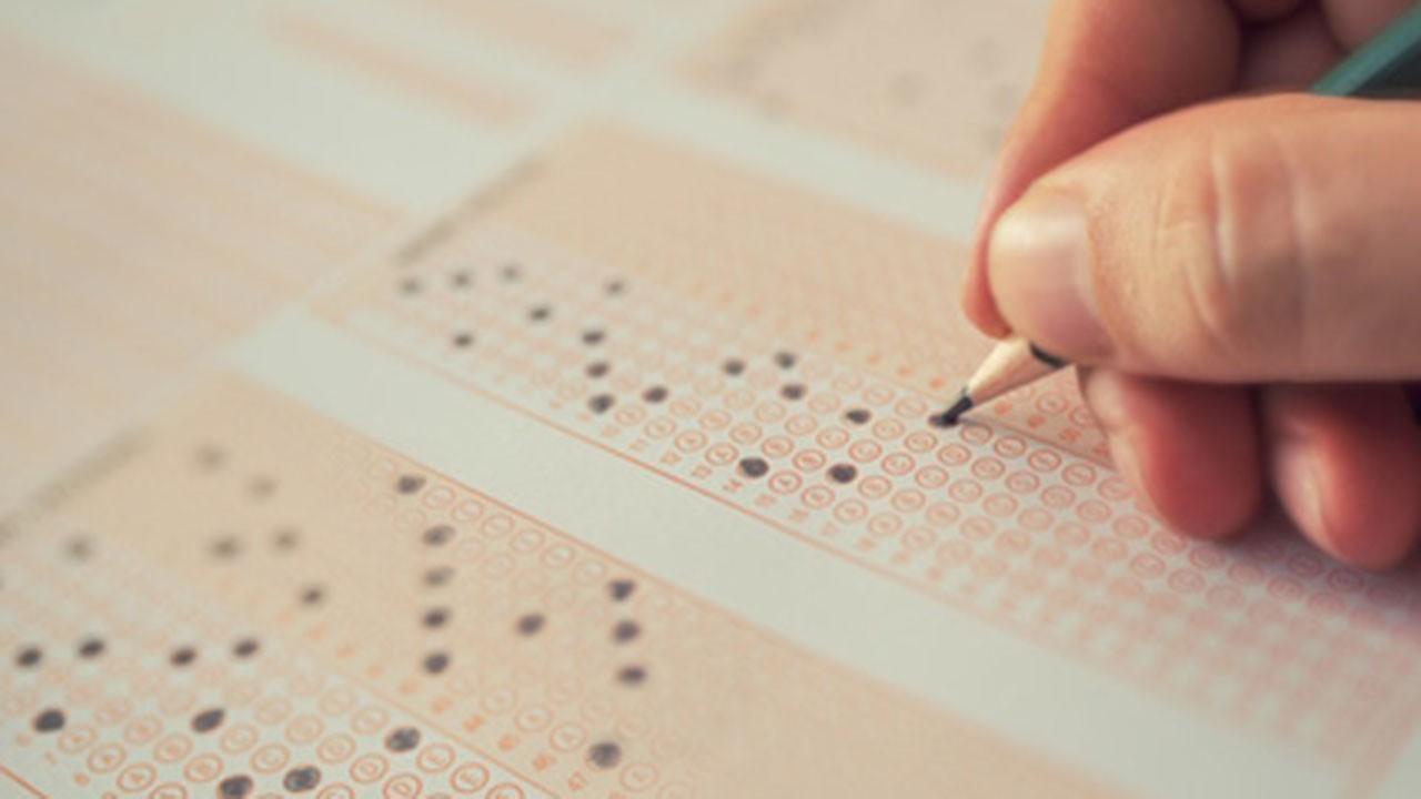 Sınavdan erken çıkarılan öğrenciler
