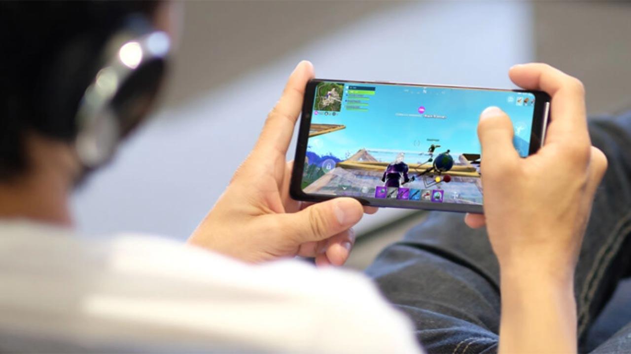 Samsung'dan mobil cihazlarda Fortnite oynama
