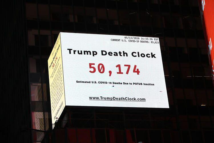 Times Meydanı'na Trump'ın ölüm saatini astılar - Sayfa 4