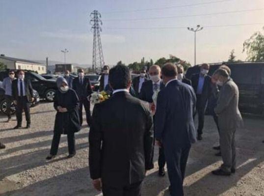 Ulaştırma Bakanı'nın konvoyunda zincirleme kaza, yaralılar var - Sayfa 3