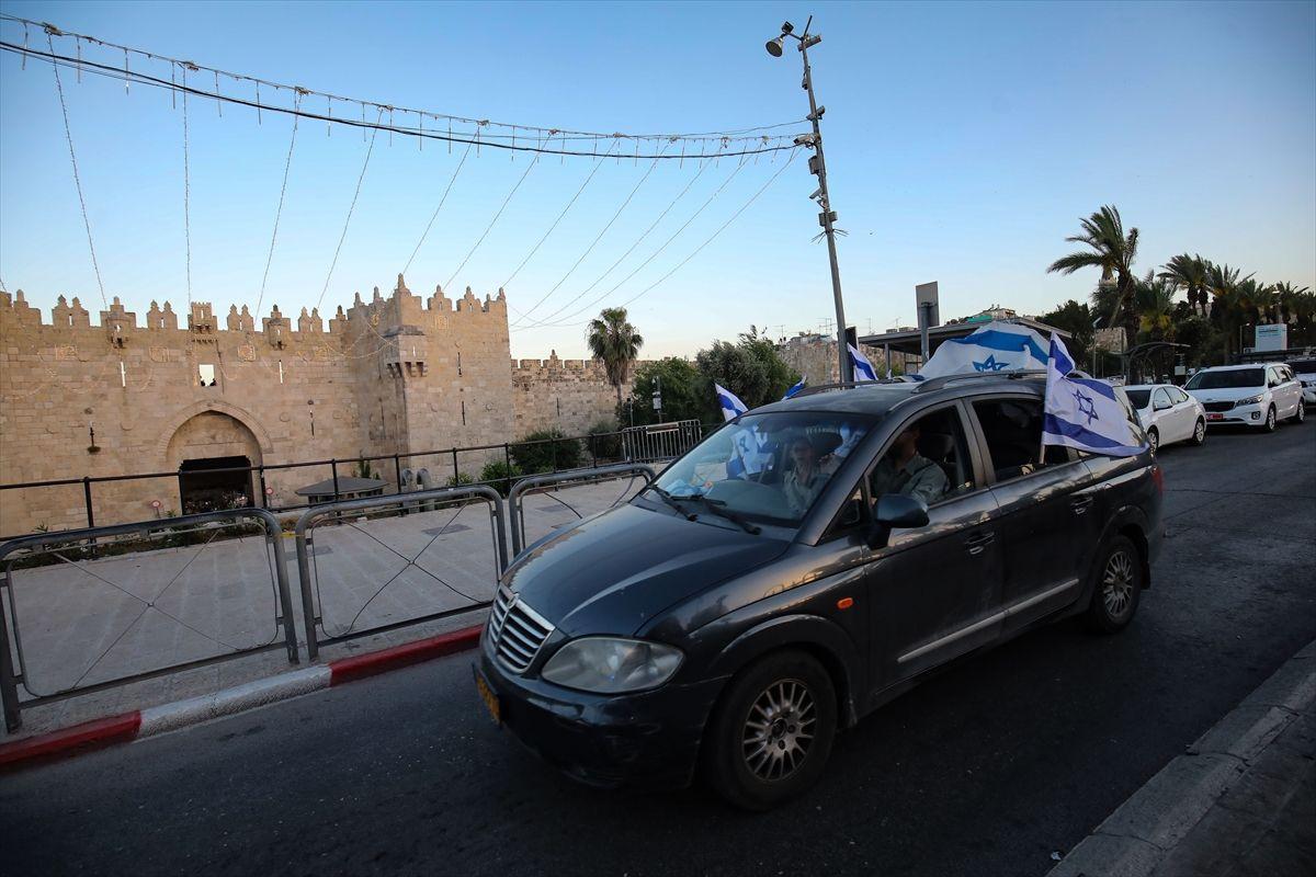 Yahudiler Kudüs'te 'işgal'i kutladı - Sayfa 1